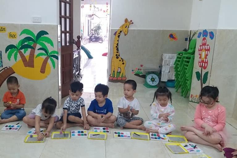 day be tap to 2 - Kỹ năng dạy bé tập tô giúp phát huy sự sáng tạo và khả năng vận động