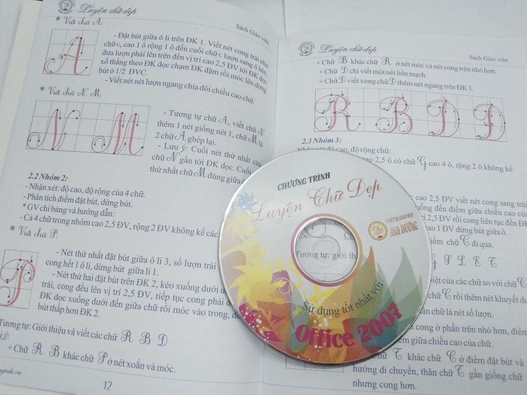 Đĩa kèm sách luyện chữ đẹp